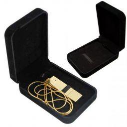 Черная коробка для флешки